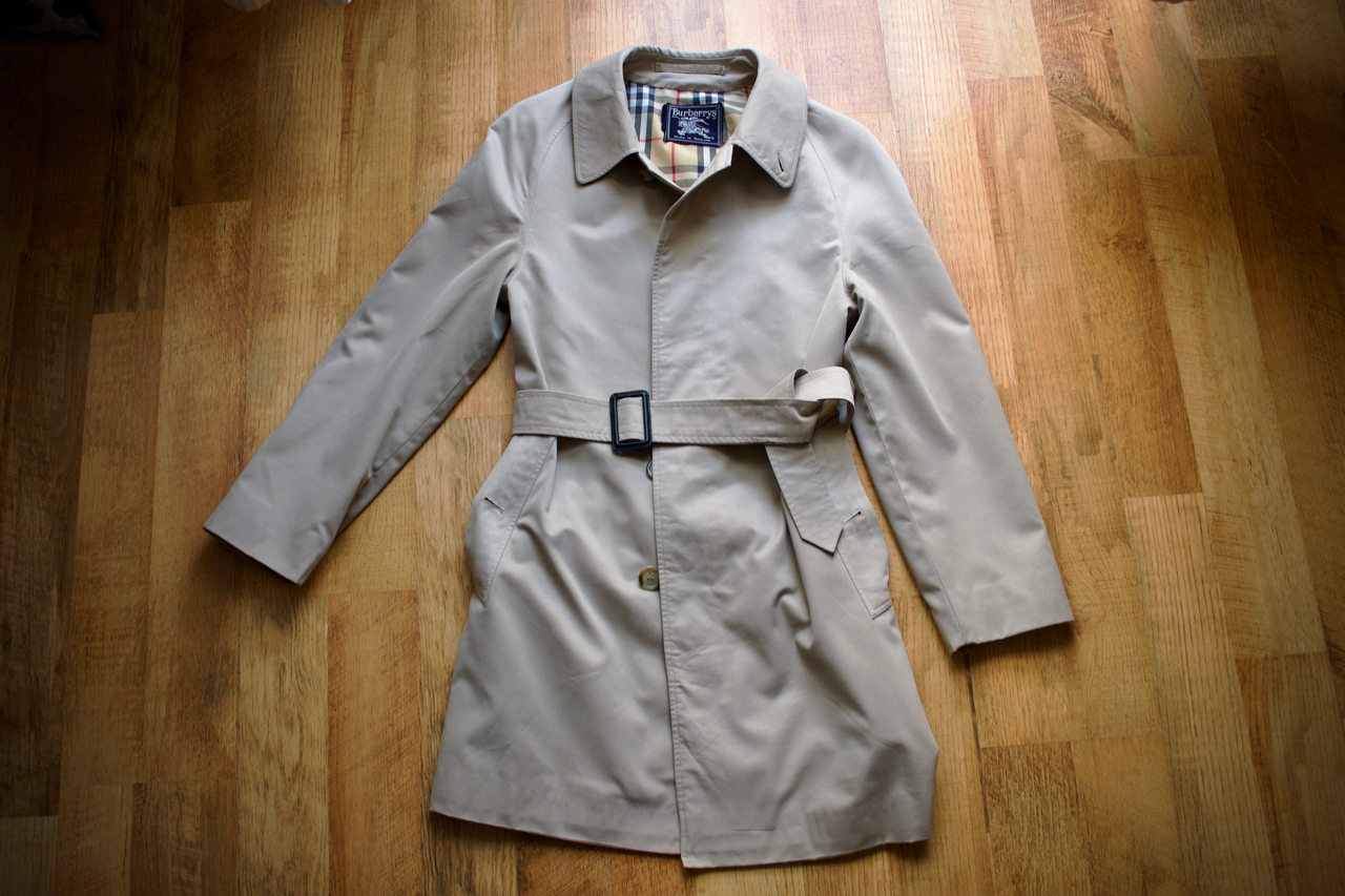 burberry-gentleman-style-trenchcoat-mac-kabat